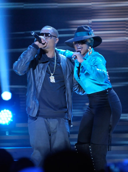 Mary J. Blige & Nas at Cynthia Woods Mitchell Pavilion